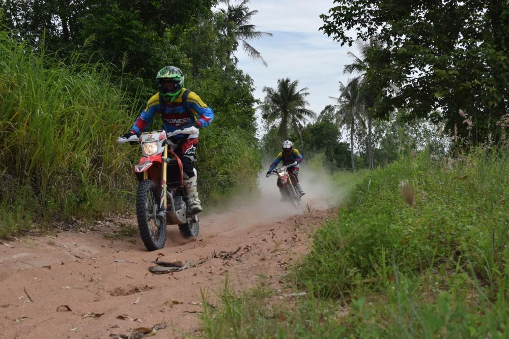 http://www.thegreatnext.com/Enduro Tour Off-road Motorcycle Motorbiking Pattaya Thailand Kawasaki Honda The Great Next