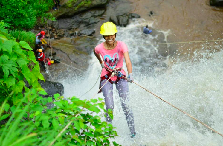 http://www.thegreatnext.com/Bekre Waterfall rappelling trip Mumbai Maharashtra Bhivpuri Adventure Activity Nature Travel