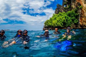 Fun Diving in the Phi Phi Islands Phuket