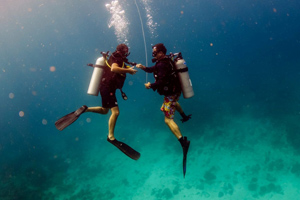 Try Diving in the Phi Phi Islands (2 dives)
