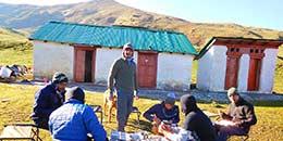 http://www.thegreatnext.com/Roopkund Trekking Adventure Snow Trek Uttarakhand Himalayas