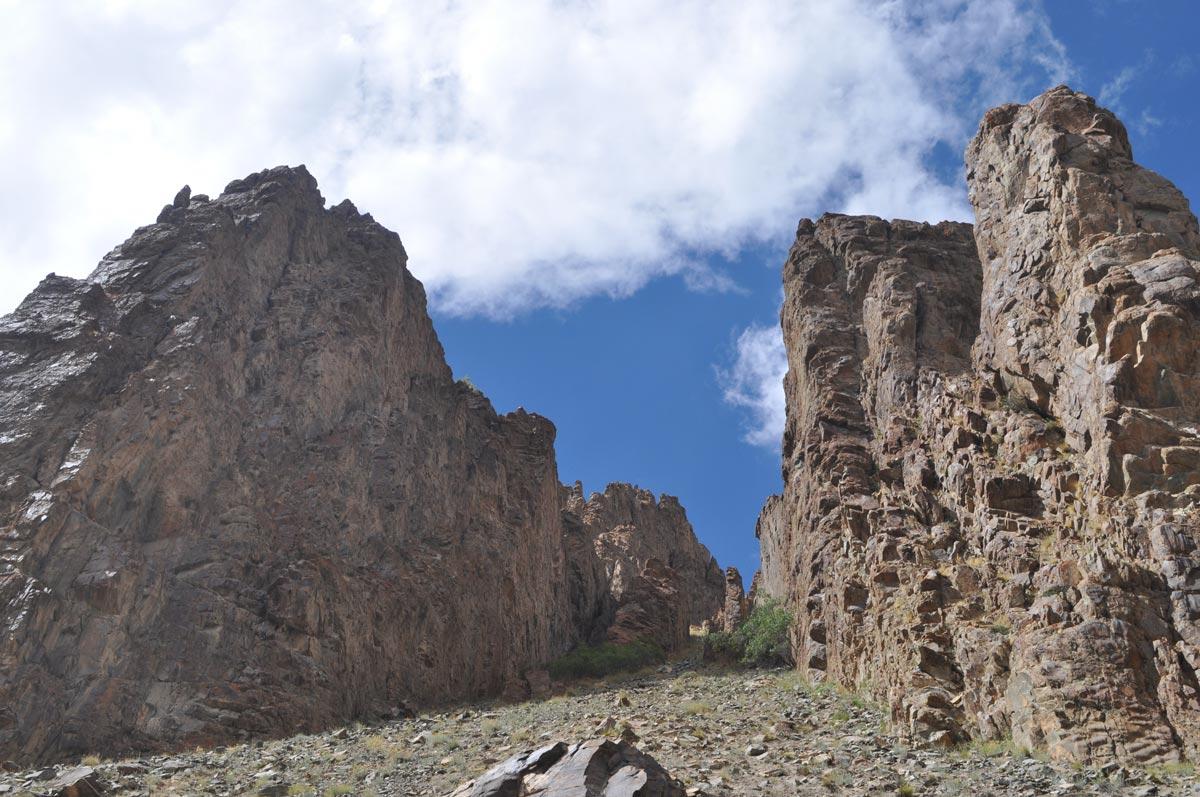 http://m.thegreatnext.com/Stok Kangri Leh Ladakh High Altitude Trekking Adventure Himalayas