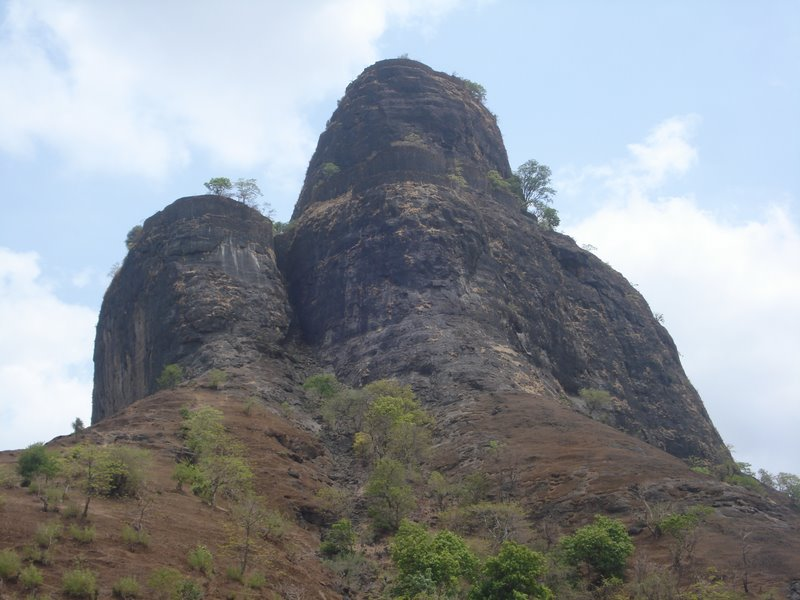 http://m.thegreatnext.com/Sarasgad Fort Trekking Adventure Nature Maharashtra Sahyadris