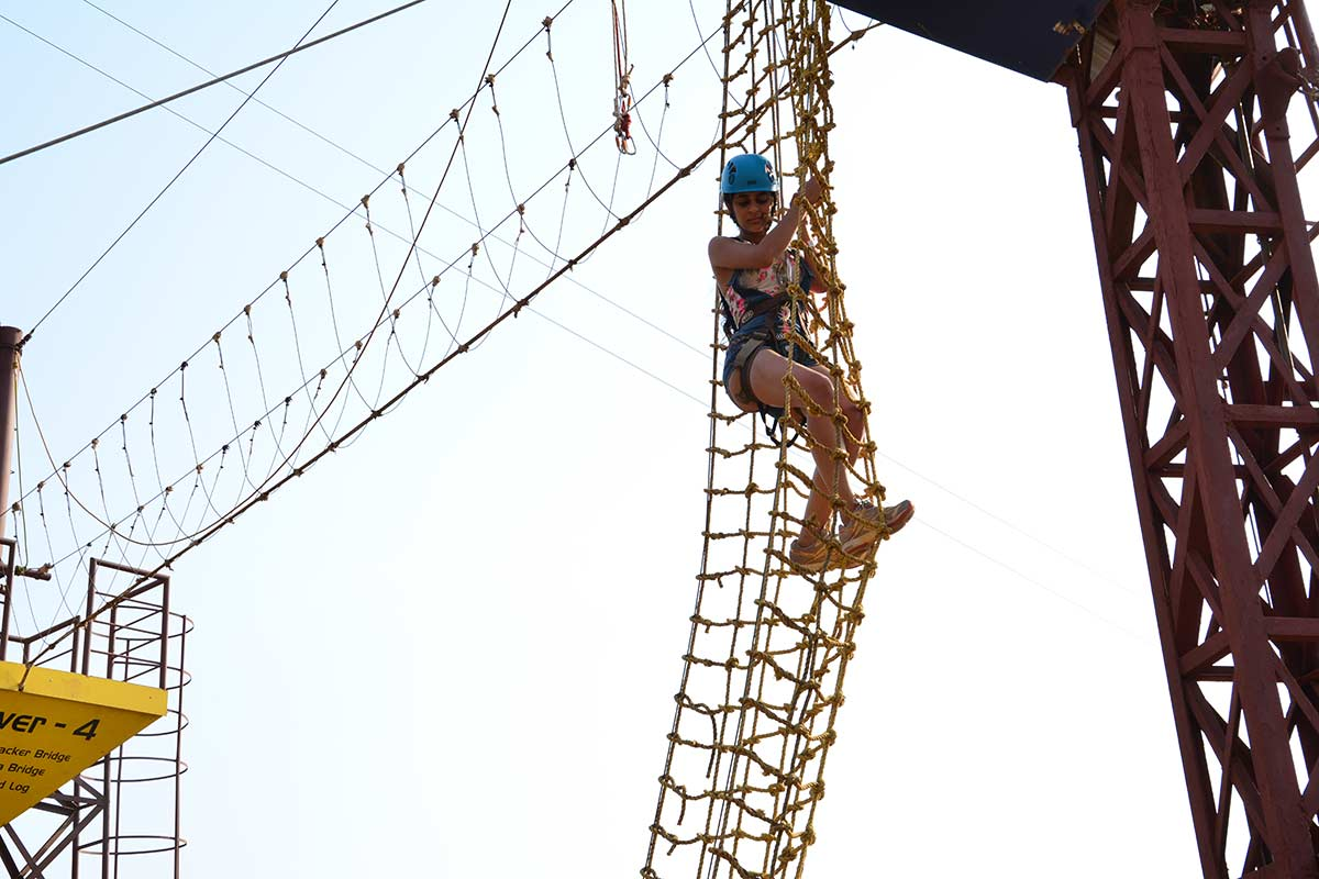 http://m.thegreatnext.com/Adventure Escape Della Adventure Zorbing Rock Climbing Lonavala Ziplining Weekend
