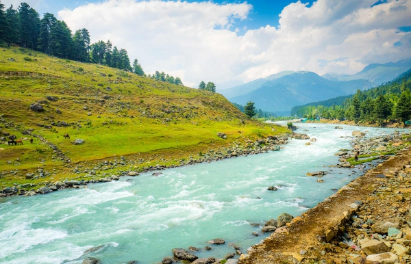 Trek to the Great Lakes of Kashmir