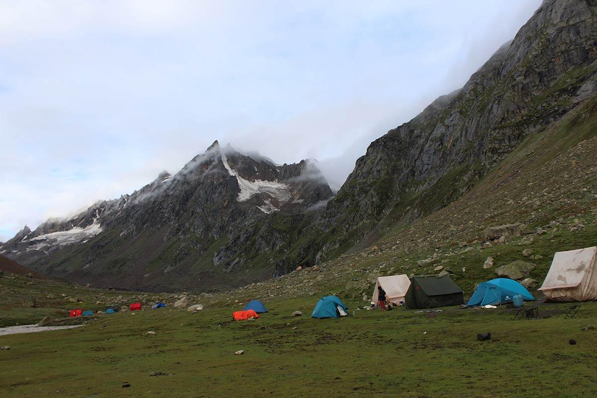 http://www.thegreatnext.com/Hampta Pass Trekking Adventure Himachal Pradesh Manali Adventure