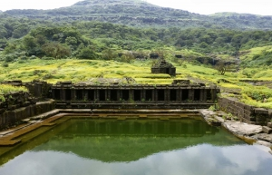 Trek to Harishchandragad via Nali chi Vaat