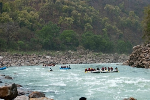 Rafting Camp in Rishikesh - 1N2D (16 kms)