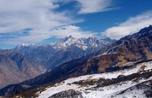 Snow trek to Kuari Pass