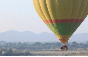 Hot air ballooning in Neemrana