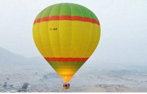 Hot air ballooning in Pushkar