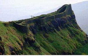 Trek to Torna Fort