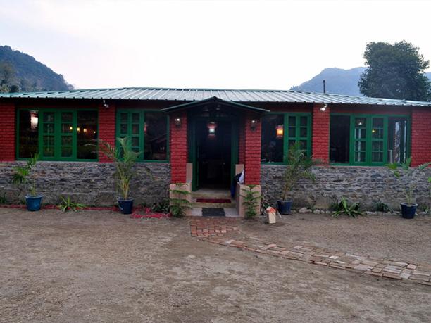 http://www.thegreatnext.com/Uttarakhand Trekking Snow Trek Ski Adventure Lodge Camping Himalayas