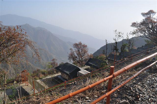 http://m.thegreatnext.com/Viraatkhai Chakrata Lodge Stay Uttarakhand Adventure Eco Offbeat Travel
