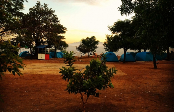 Lakeview camping near Tikona Fort