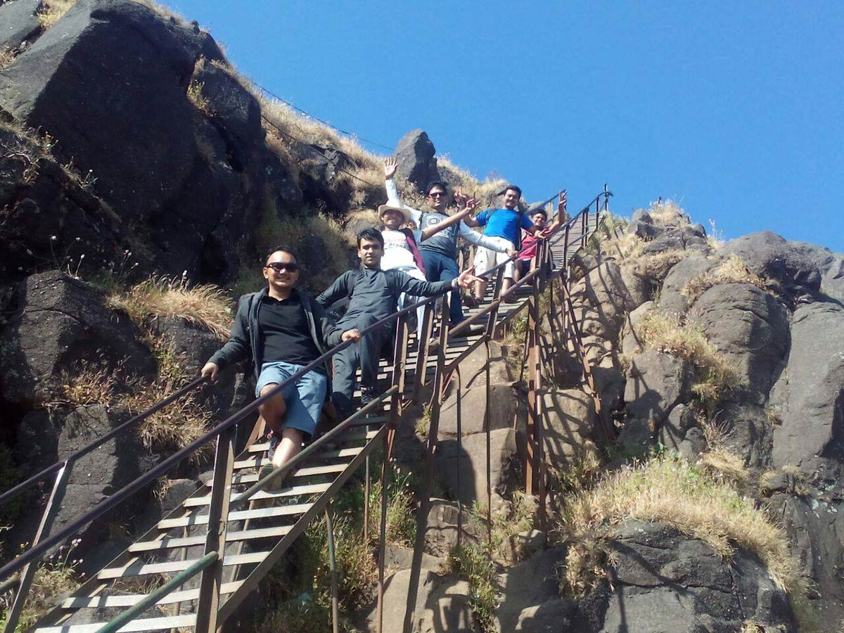 http://www.thegreatnext.com/Night Trek Kalsubai Adventure Maharashtra Mumbai Pune Travel