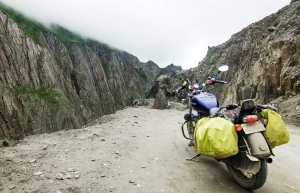Manali to Leh on Motorbikes
