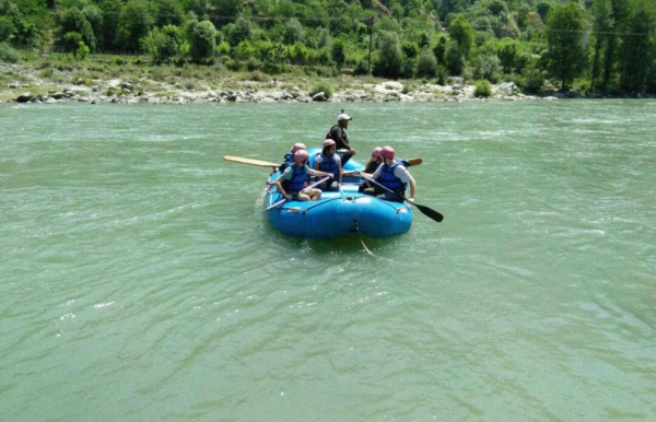 Camp+raft in Manali