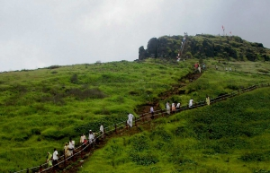 Sunrise trek to Kalsubai Peak