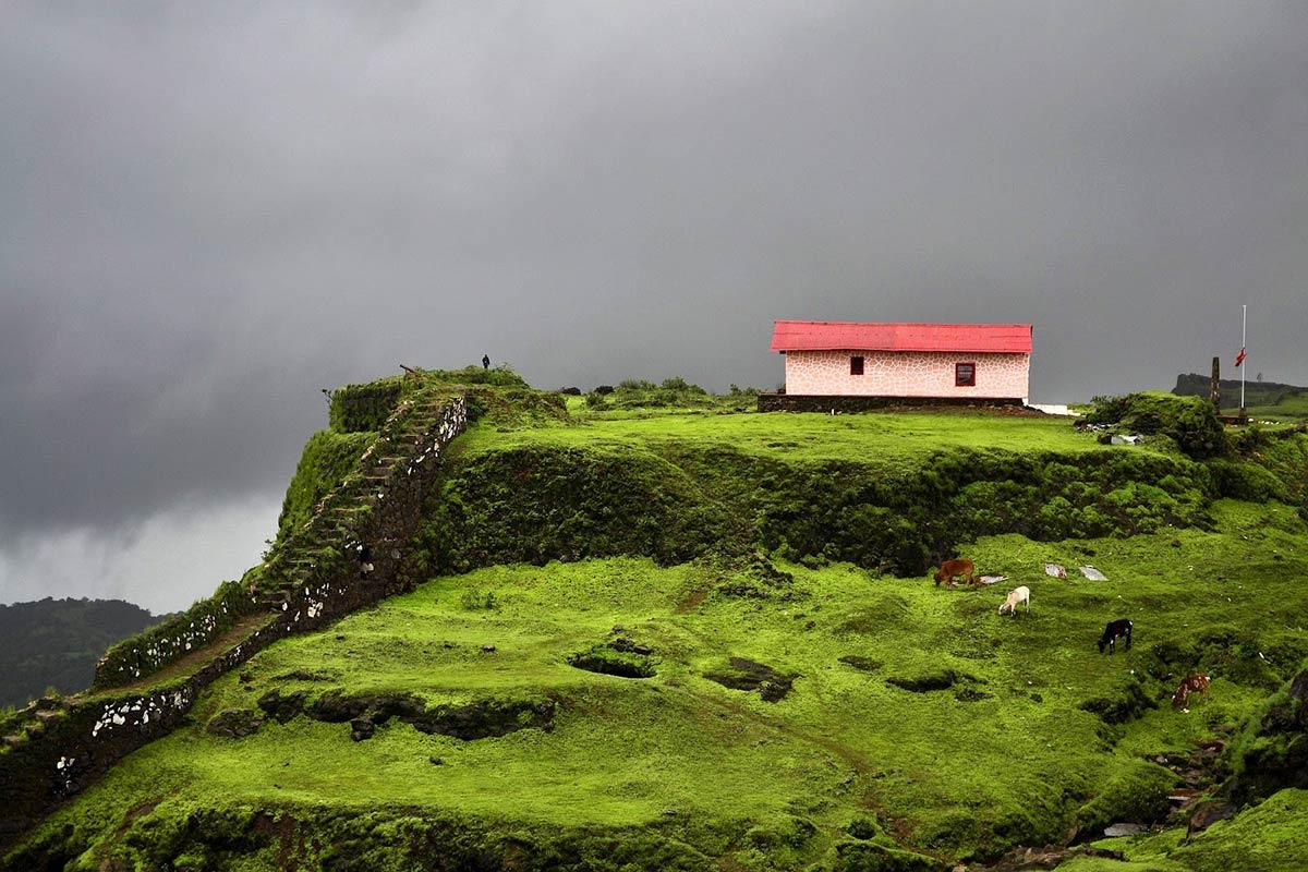 http://www.thegreatnext.com/Koraigad Fort Trek Maharashtra Monsoon Trekking Adventure Activity Nature Mountains Greenery
