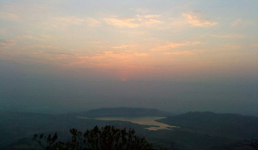 http://www.thegreatnext.com/Garbett Plateau Trek Maharashtra Monsoon Trek Adventure Activity Nature Mountains Lush