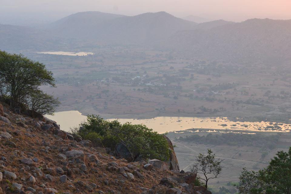 http://m.thegreatnext.com/Makalidurga Fort Trek Southern Sahyadris The Great Next