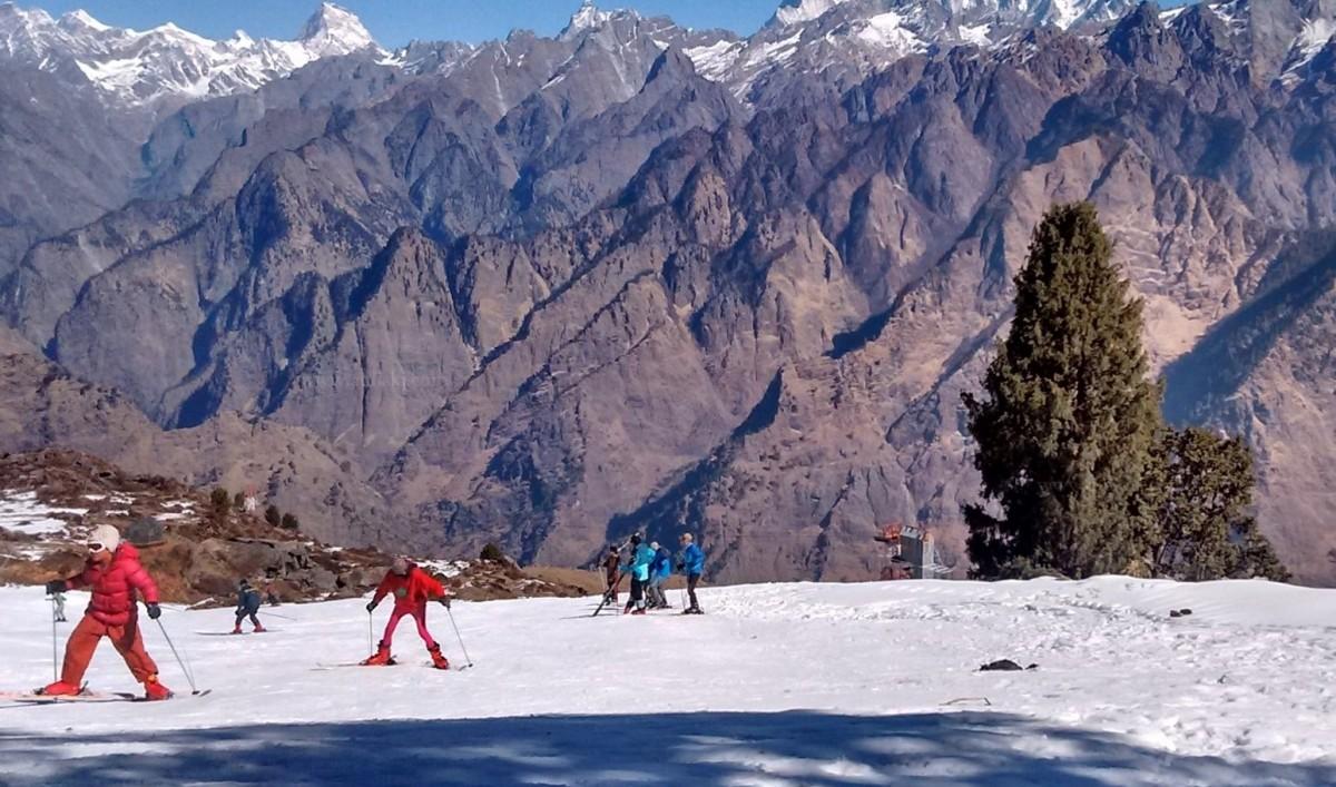 http://www.thegreatnext.com/Auli Skiing Course Winter Adventure Uttarakhand The Great Next