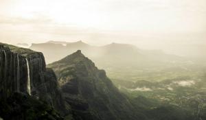 Konkankada trek and clifftop camping