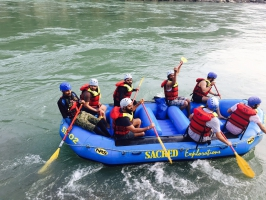 Rafting in Rishikesh - Shivpuri to Nim Beach (16 kms)