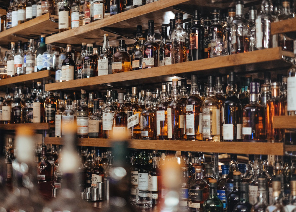 Best whiskies in India under rupees 3000