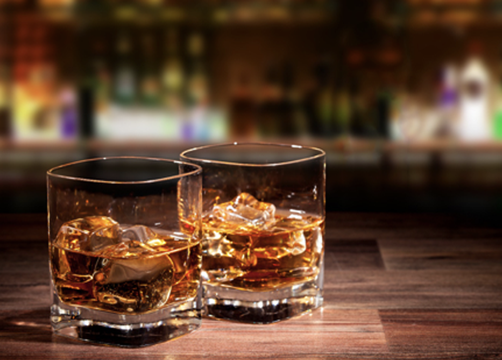 Difference between Chivas Regal Blended Scotch and Glenfiddich Single Malt Scotch