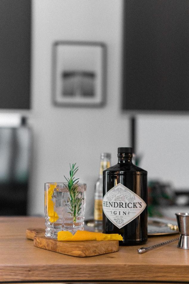 Gin Vs Whisky