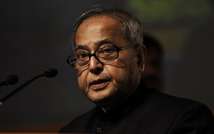 Atmosphere needed to attract brightest minds to teaching: Pranab Mukherjee