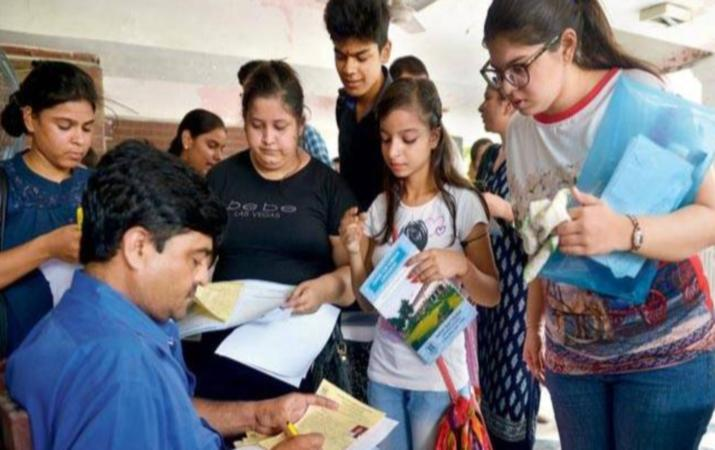 Mumbai FYJC: Third round admission process extended till August 6.