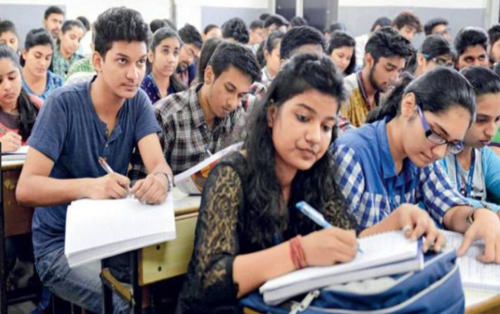 DU colleges to hike annual fee structure for UG courses