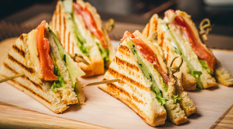 Kumar Bombay Sandwich Background