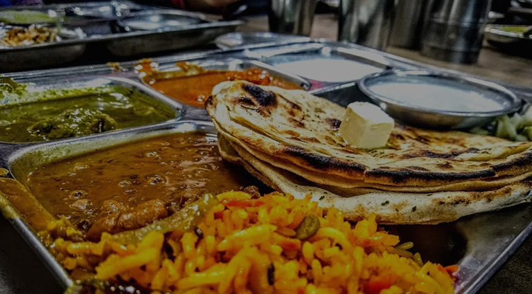 Kabir Lunch Home Background
