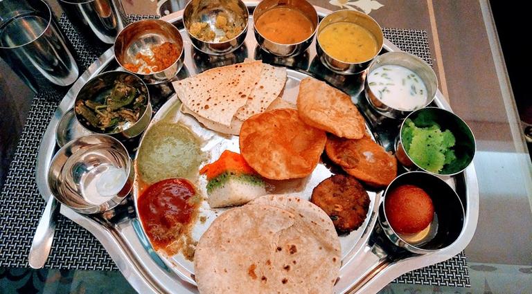 Yakshi Caterers Background