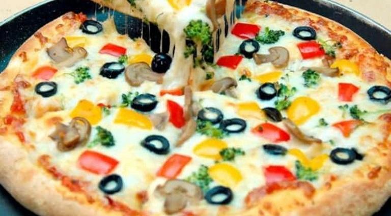 Pizza Makeline Background
