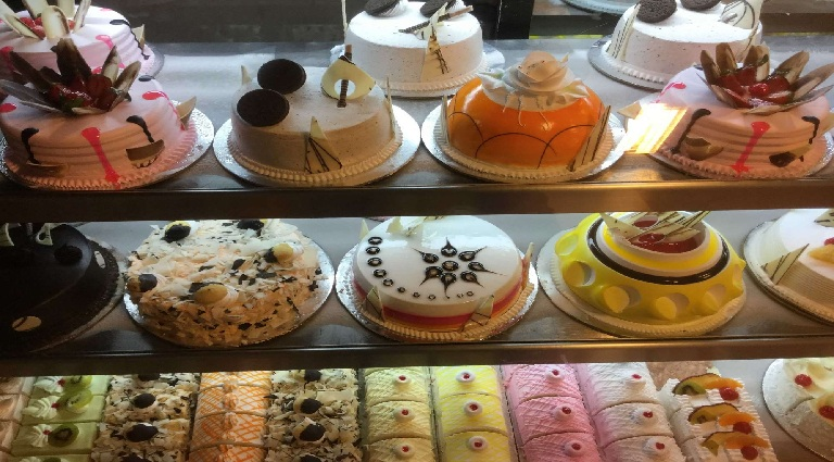 Cake Bonzer Bites Background