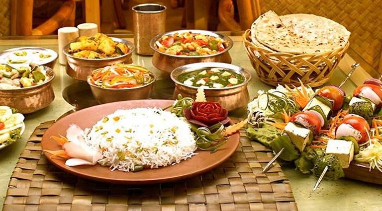 Raviraj Restaurant Background