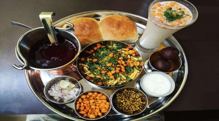 Kaashvi Food Hubb Background