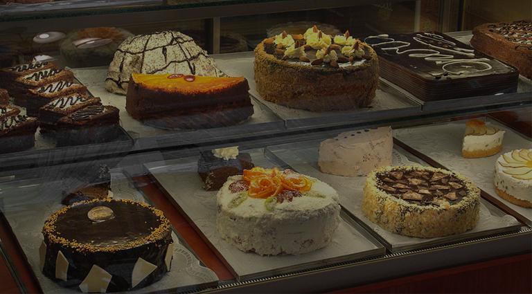 Four Dreams-The Live Cake Shop Background