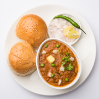 M.K Pav Bhaji & South Indian Logo