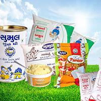J R Dairy Logo
