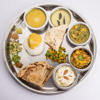 Khanpan Veg Restaurant Logo