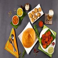 Raj Fusion Kitchen Logo