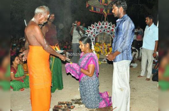 ottanaththal murugan temple vel auction