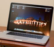 MacBook pro 15   10 10 Mint Condition