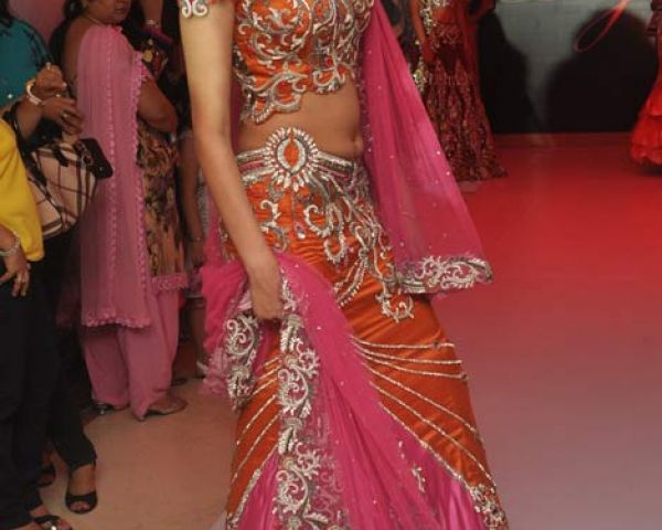 Negotiable Indian Wedding Dresses In Delhi By Parul Grover